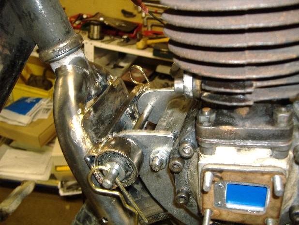 fixation moteur solex